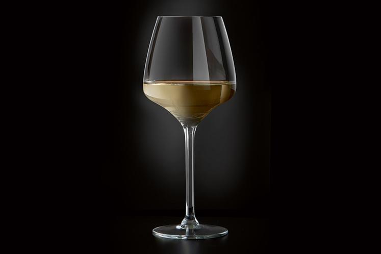 ban_mag_wijn_barbara_glas_krachtig_kruidig_747x498.jpg