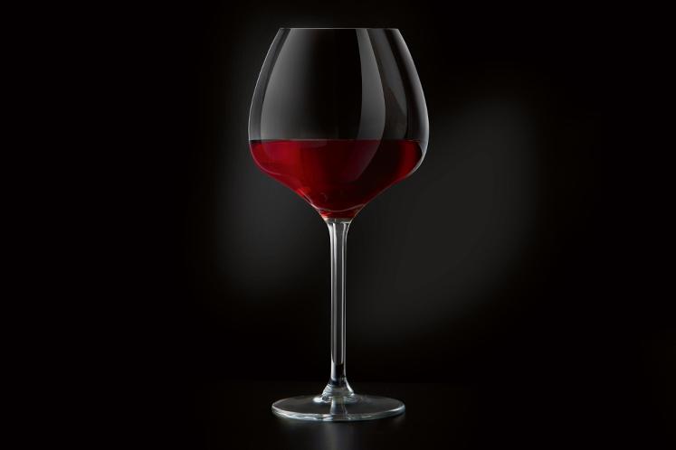 ban_mag_wijn_barbara_glas_vol_rijp_747x498.jpg