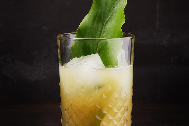 Lime leaf Beerenburg cocktail