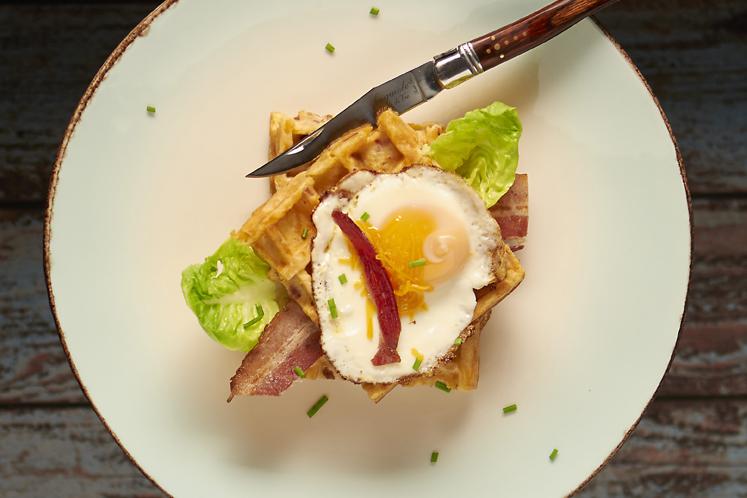 Wafel met bacon, cheddar en ei | Inspiratie voor Pasen