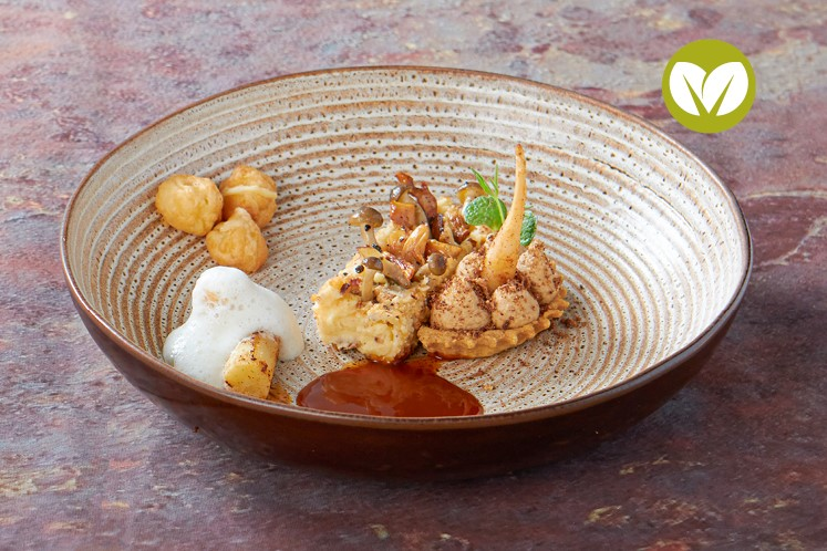 Krokant aardappel'doosje' met knolselderij en gougères