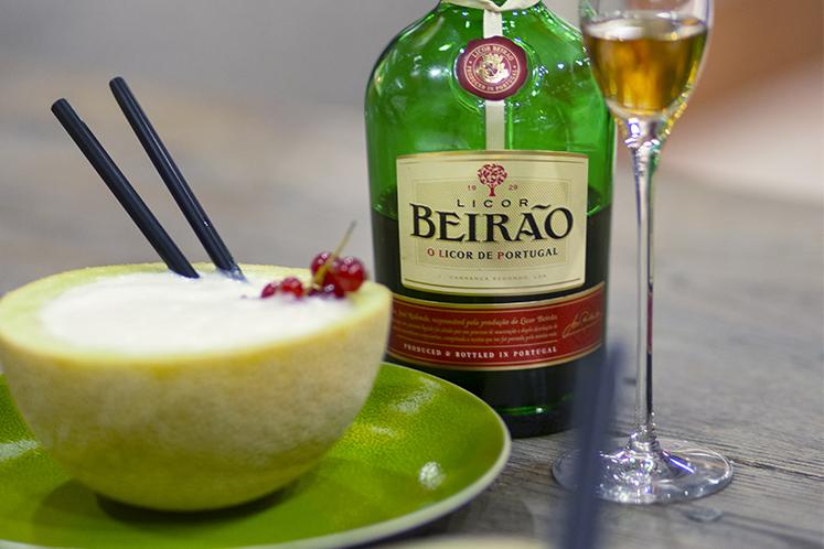Cocktailrecepten met Licor Beirão   Licor Beirão Old Fashioned