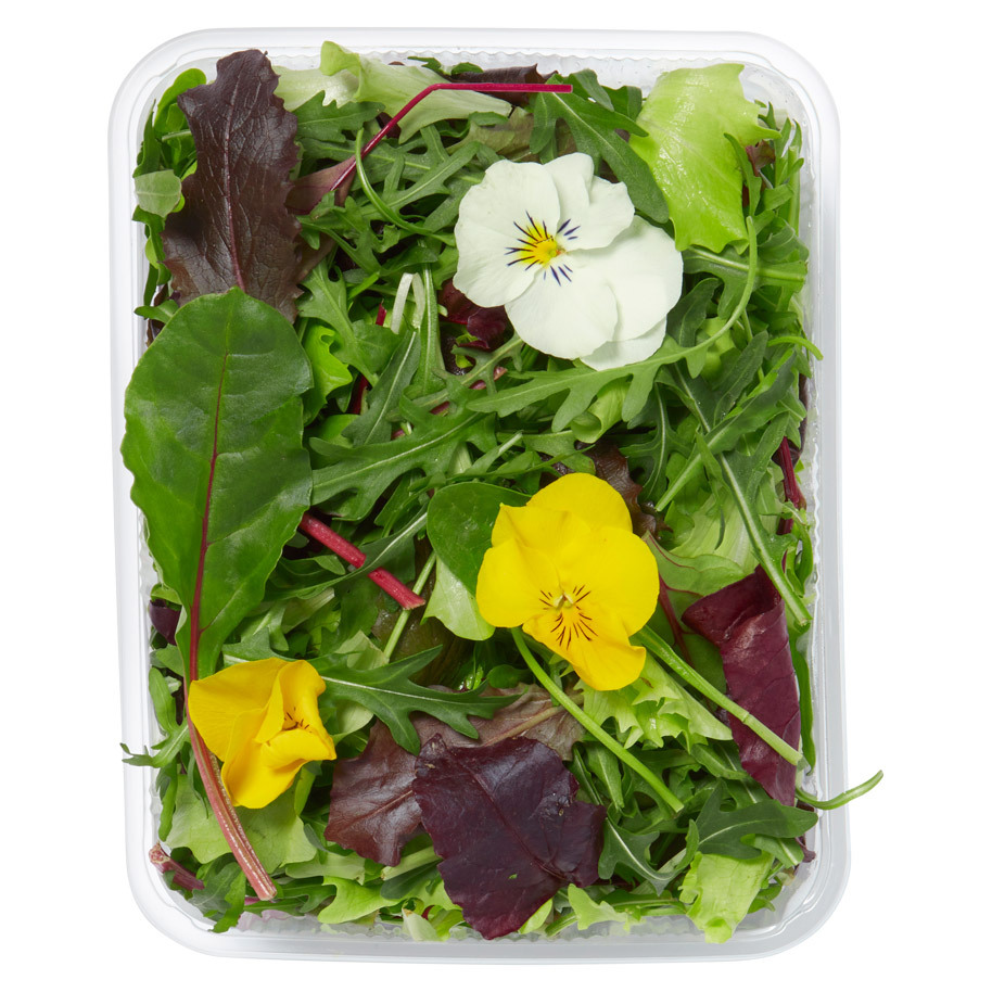 SALADMIX WITH FLOWERS