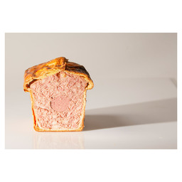 WILD BOAR PÂTÉ, TUNNEL-SHAPE IN PUFF PAS